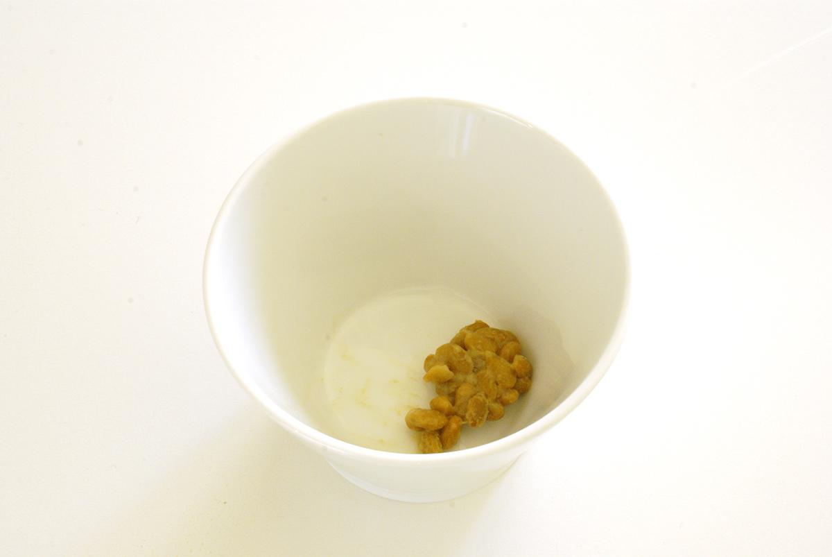 納豆作り(小鉢にいれた納豆)