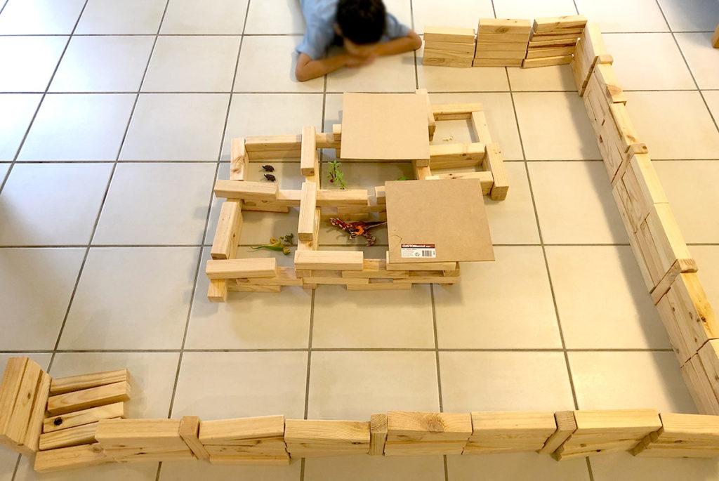 手づくりの木のブロック