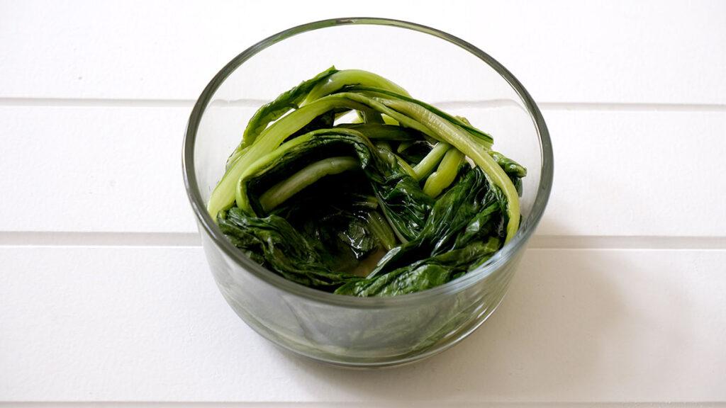 家庭菜園で収穫した小松菜のお漬物レシピ